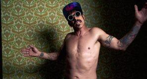 Red Hot Chili Peppers – Dark Necessities. new