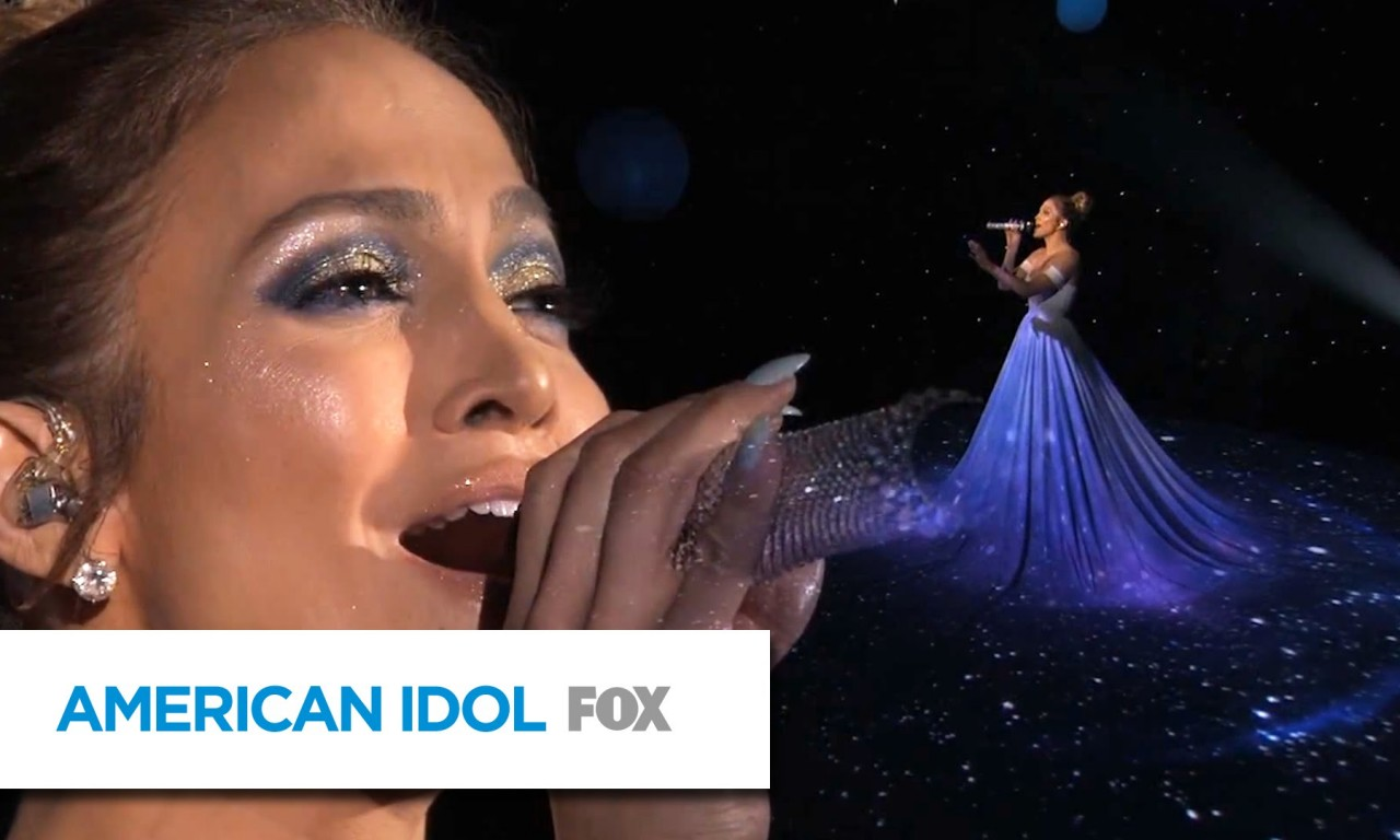 "Jennifer Lopez: ""Feel the Light"" - AMERICAN IDOL - Top-LoL Emily Blunt"